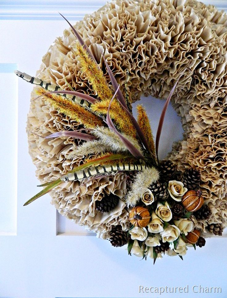Make this fall wreath to bring some warm atmosphere to your home!