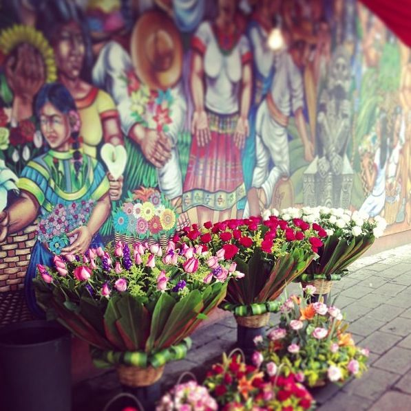 The Sunday flower market in Mexico, when art met flowers, such a colorful beautiful place! #PiagetRose