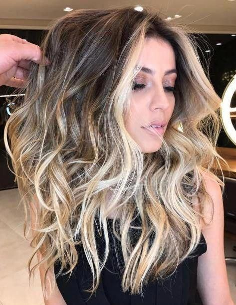 40 Ideas for Light Brown Hair with Highlights and Lowlights, Light Brown Hair Lovers of sweet, rejoice! This season, the highlights of the caramel color are still in trend. And it is not surprising, because this..., Highlights #brownhairbalayage #lightbrownhair