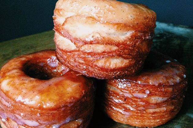 Oh my gosh, too good to be true! Vanilla Buttermilk Glazed Croissant Donuts