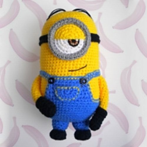 Free Crochet Pattern For Bob The Minion : Best ideas about Free Crochet Minion, Crochet Amigurumi ...