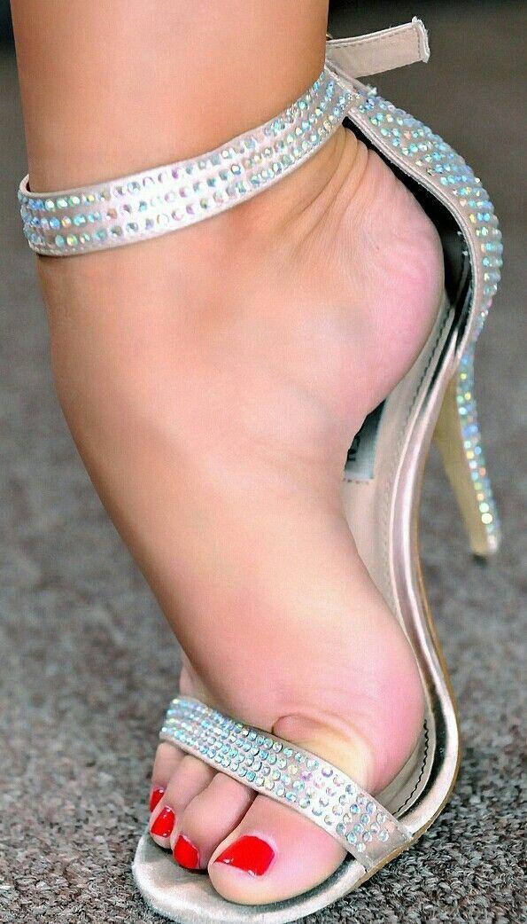 High Heels Feet Worship