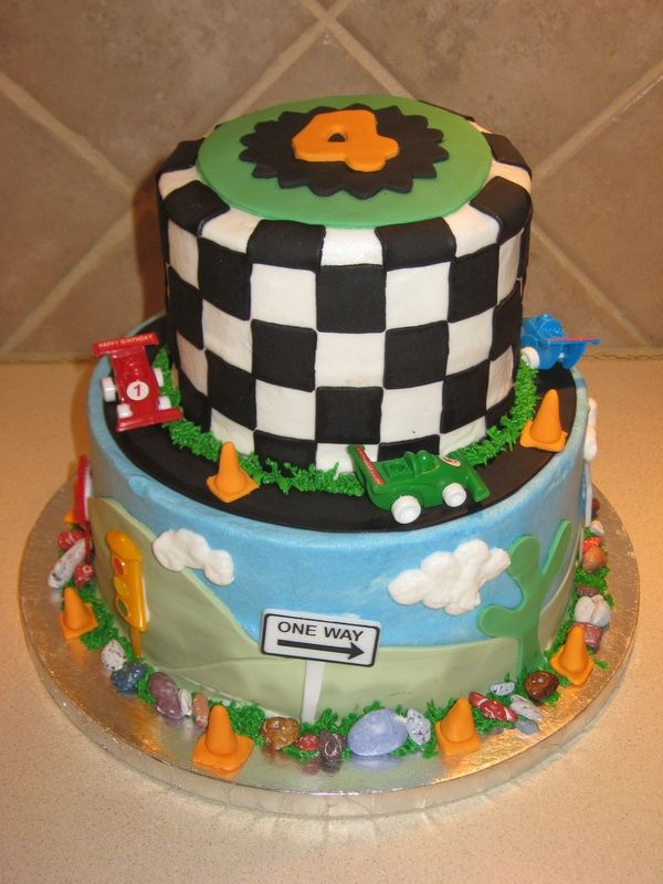 Cake Decoration Of Cars : 30 best images about Racing Car Cake on Pinterest Cars ...
