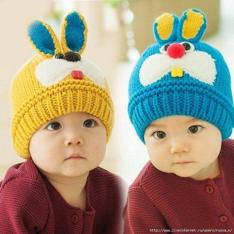 Симпатичные детские вязаные шапочки. Такую вязануюшапочку ваш малыш будет носить с удовольствием.