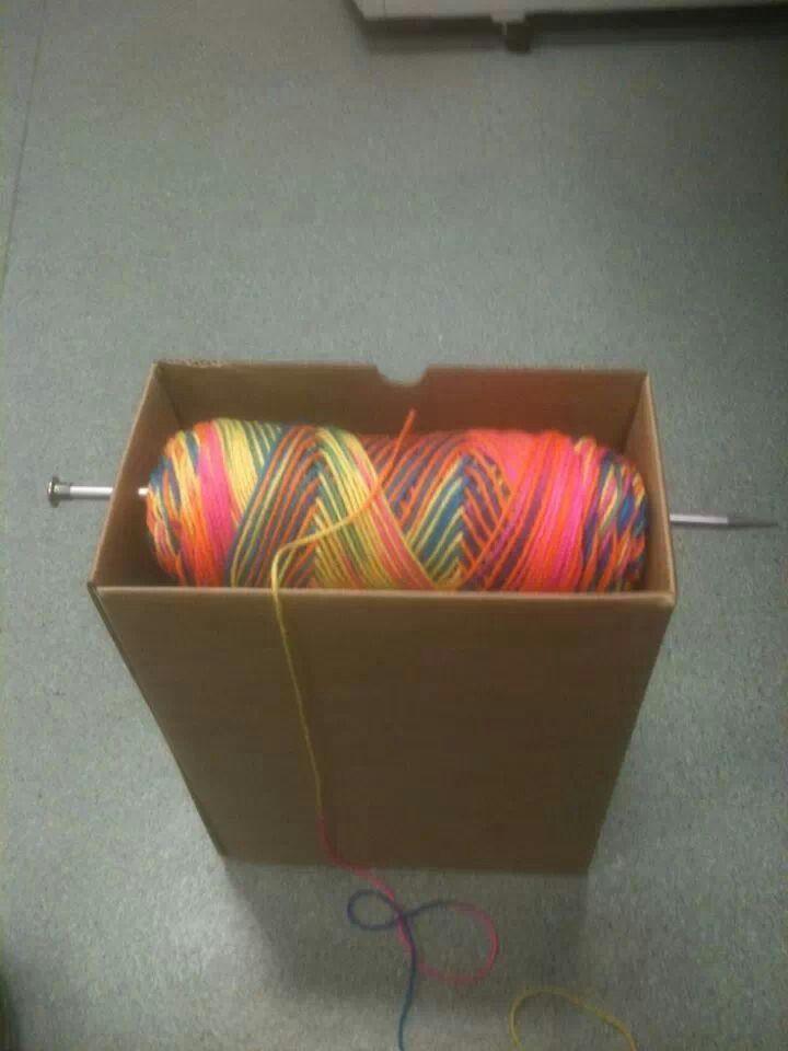 Crochet Yarn Holder : Smart crochet yarn holder. crafts Pinterest