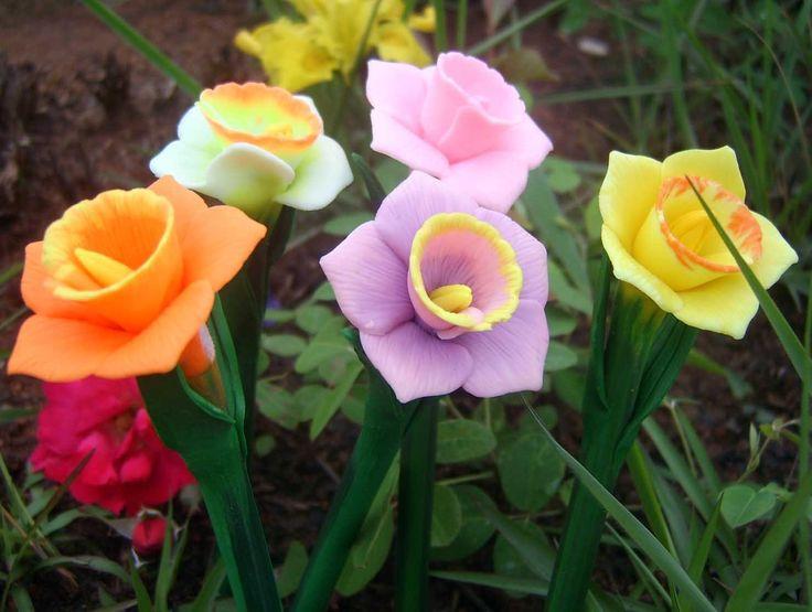 Vivid Handmade Narcissus Flower Gel
