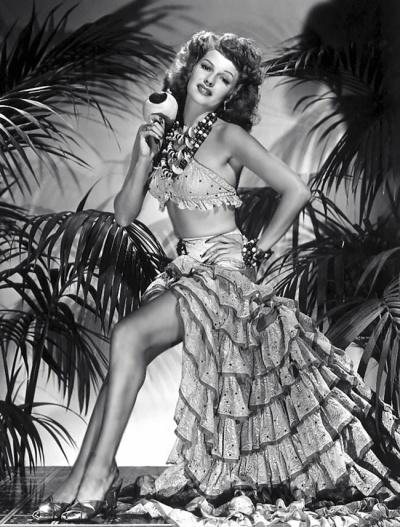 Rita HayworthVintage Dancers, Hollywood Glamour, Vintage Glamour, Hollywood Stars, Beautiful, Movie Stars, Classic Hollywood, Ritahayworth, Celebrita Hayworth