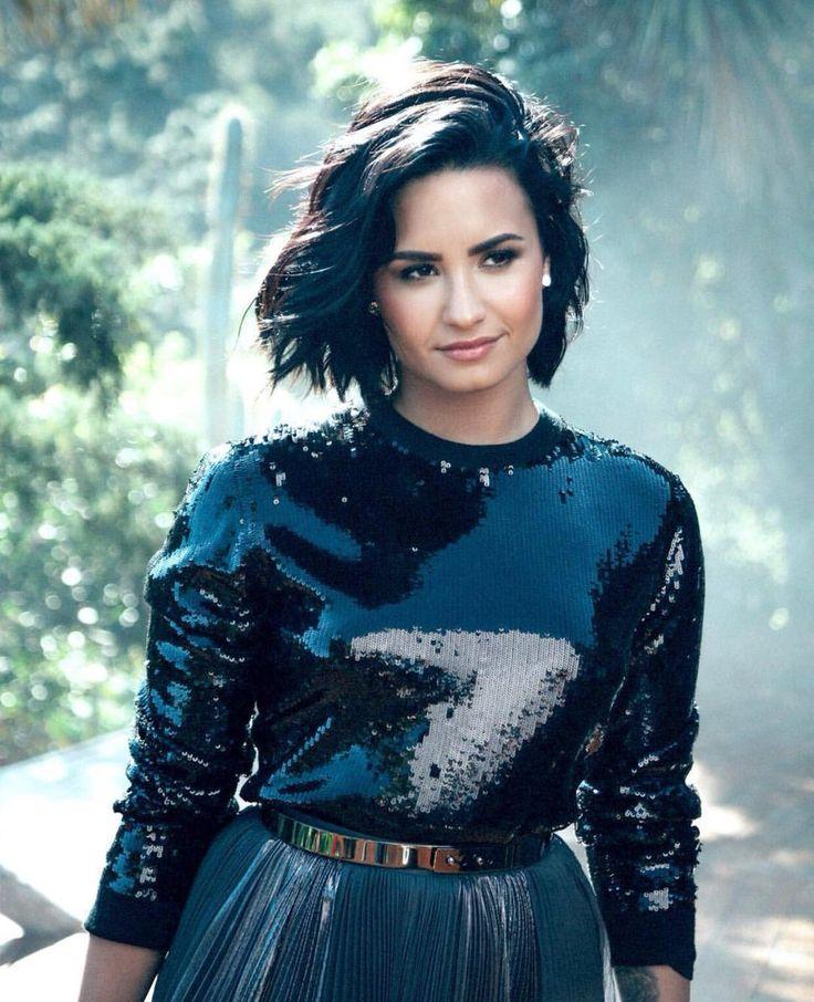 Demi Lovato. UN BELLO ROSTRO.