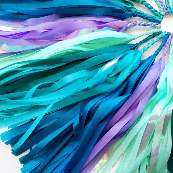 Our shimmering Mermaid Tail tassel garland is perfect for any mermaid party decor or under the sea party decorations! This tissue paper tassel garland features shades of aqua, teal, turquoise, mint, and lavender with iridescent mylar accents! D E T A I L S & M E A S U R E M E N T S ===================================...