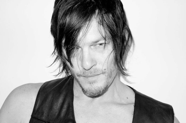 Mark Norman Reedus (born January 6, 1969) is an American actor, best known for his portrayal of Daryl Dixon in the television series The Walking Dead. Description from pixgood.com. I searched for this on bing.com/images