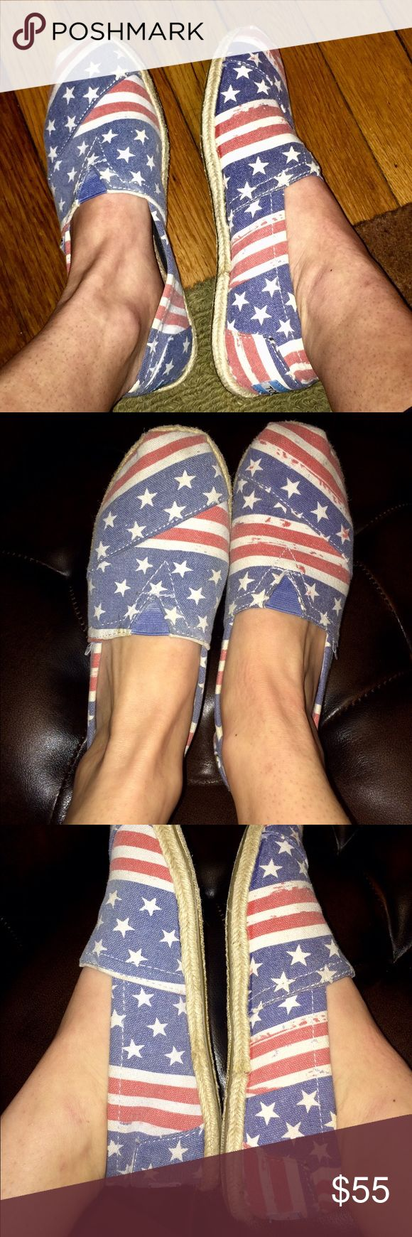 🇺🇸American Flag TOMS -- size 7 Great condition + unique 'American flag themed' TOMS in size 7. Shoes gave only been worn a few times, comfortable, patriotic and fashionable! TOMS Shoes Flats & Loafers
