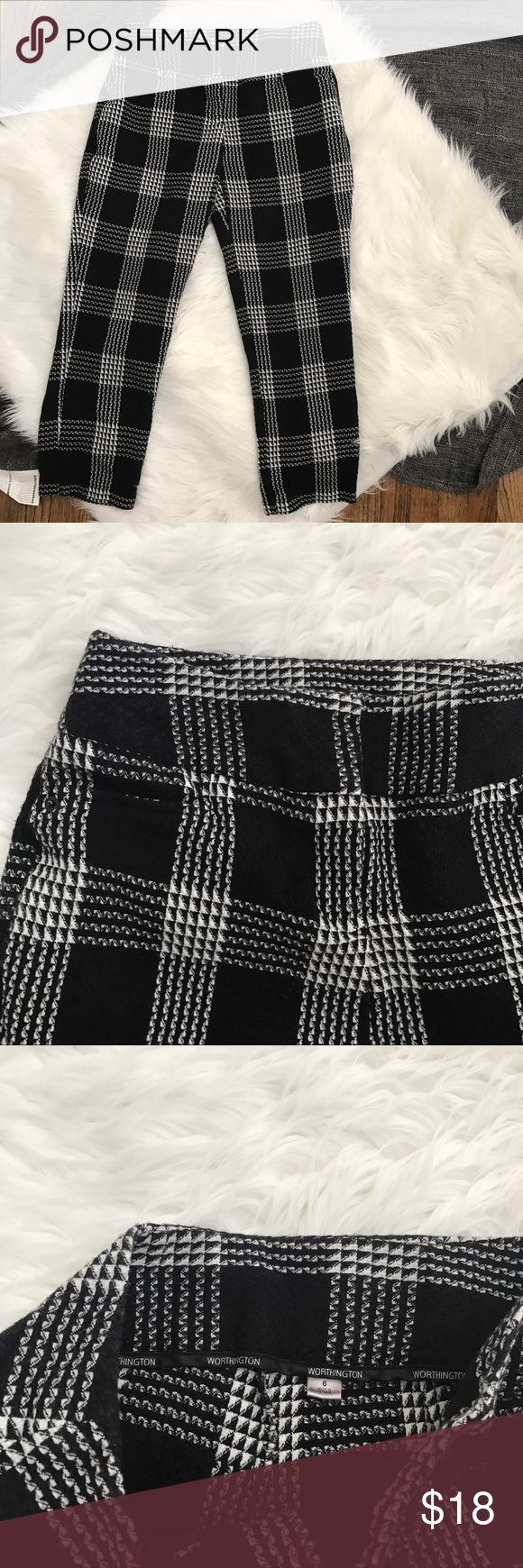 "Black and white Plaid pants Tagged a size 6  This would look great with a slouchy sweater or black boxy Crop Top. Waist : 15"" inches  Inseam : 24"" inches  Rise : 10"" inches , refer to measurements to decide if it will fit . Have any other questions ? Feel free to ask (: Worthington Pants"