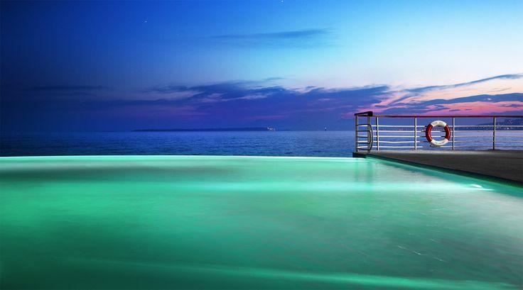 Etablissement mythique de la Côte d'Azur, l'Hôtel du Cap-Eden-Roc a de tout temps séduit de par son élégance et sa quiétude. http://www.hotel-du-cap-eden-roc.com/fr/accueil/
