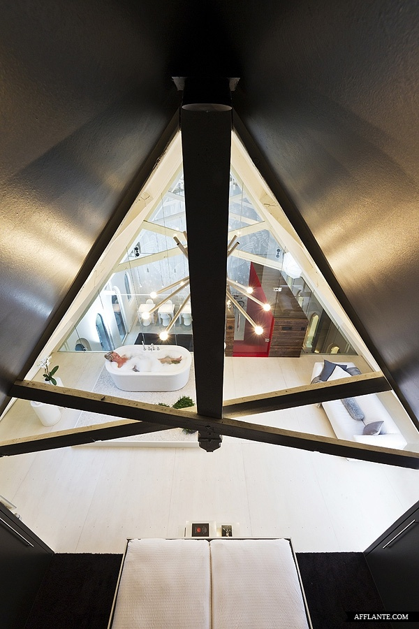 Awesome Leijh, Kappelhof, Seckel, Van Den Dobbelsteen Architects Transformed A  Historical Dutch Church Into A Unique Loft Living Space In Haarlo, The  Netherlands. Awesome Ideas