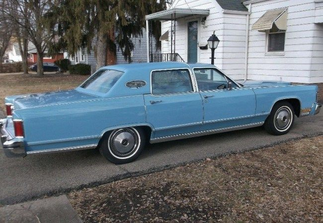 1978 Lincoln Continental Town Car Your Best Bet S A Well You Know Lincoln Continental Car Vinyl Roofing