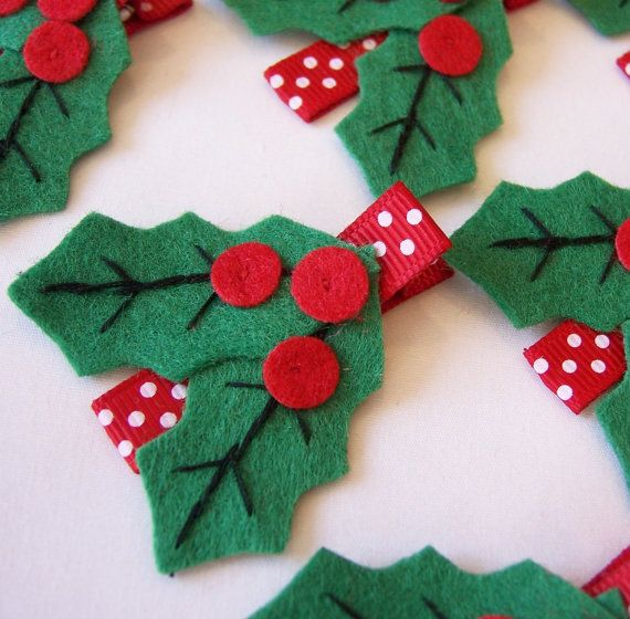 so cute for holiday gifts for girls classes Holly Felt Hair Clip No tut just idea