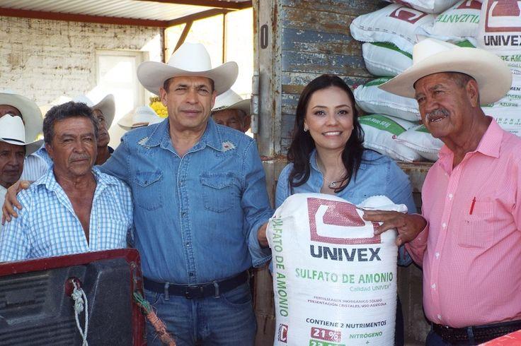 La coordinadora del PRI en el Congreso de Michoacán benefició a productores de 27 comunidades de Yurécuaro, Tanhuato, Ecuandureo, Churintzio, Numarán, Zináparo, Penjamillo y La Piedad – La Piedad,Michoacán, 01 ...