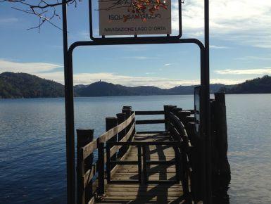 L'Isola di san Giulio e il Lago d'Orta - Giruland #diariodiviaggio #dilloingiruland #raccontirealidiviaggio #ortasangiulio