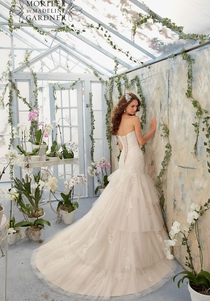 Dream dresses for every season • Wedding Ideas magazine