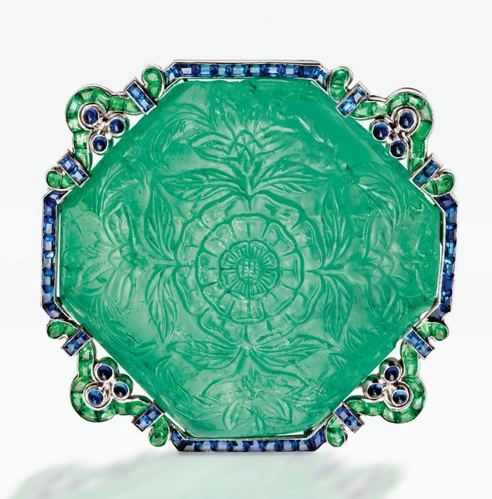 A VERY RARE PLATINUM, CARVED EMERALD, EMERALD AND SAPPHIRE BROOCH, CARTIER, NEW YORK, CIRCA 1920 – Sotheby's