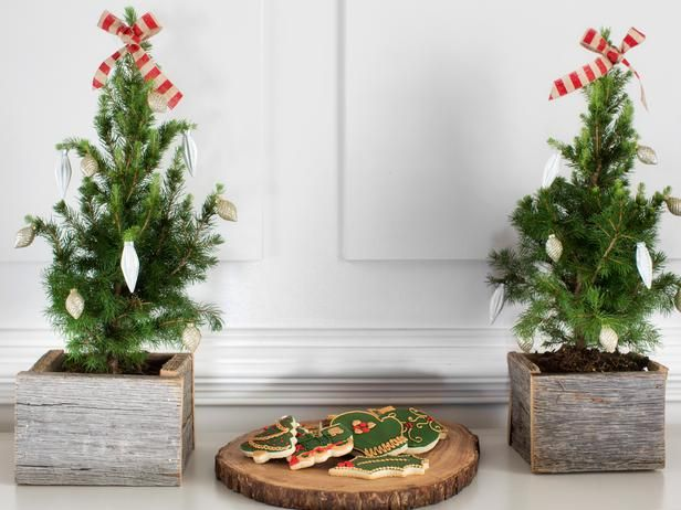 Pine Tree Planters - 10 Rustic-Chic Holiday ... | Reclaimed wood