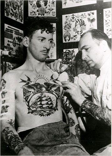 Sailor tattoos #sailorOld Schools, Vintage Photos, Tattoo Pattern, Sailors Tattoo, Tattoo Artists, Oldschool, Tattoo Design, Vintage Tattoo, Traditional Tattoo