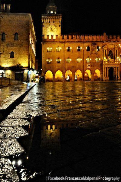 Bologna, Piazza Maggiore e Palazzo d'Accursio, foto di Francesco Malpensi Photography