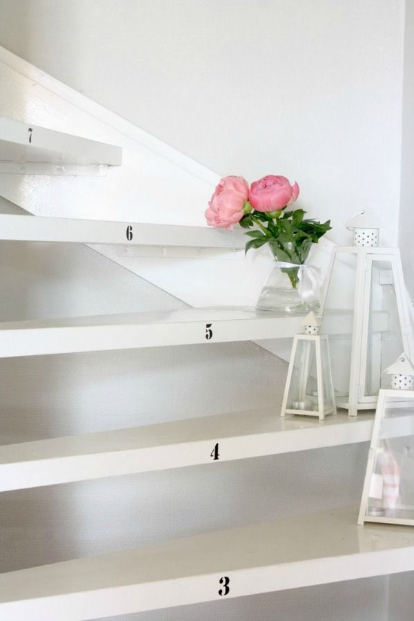 25 beste idee n over behang trappen op pinterest vliering cottages en vintage behangpapieren - Deco trap ...