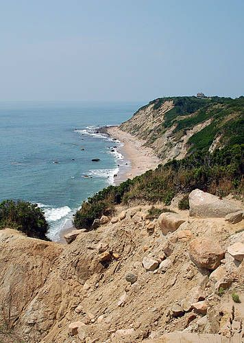 Mohegan Bluffs, Block Island, Rhode Island  I can't believe this is in block island so beautiful!!!