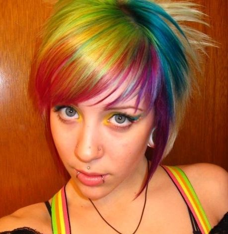 Colors Trends, Hair Colors Ideas, Rainbows Hair, Haircolor, Rainbows Colors, Rainbowhair, Facials Piercing, Shorts Hairstyles, Colors Hair