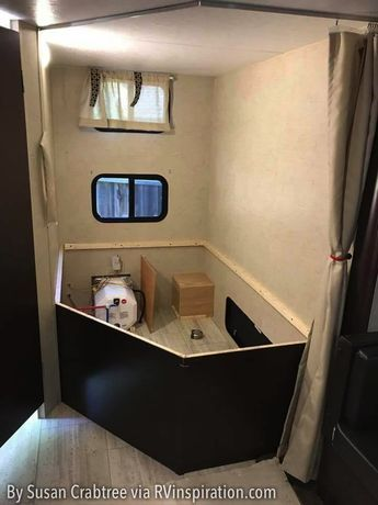 2073b778ff How a Corner RV Bunk Room Was Converted to a Mobile Office
