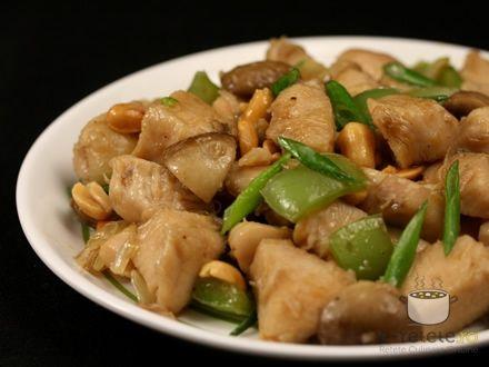 Pui chinezesc cu ardei si ciuperci