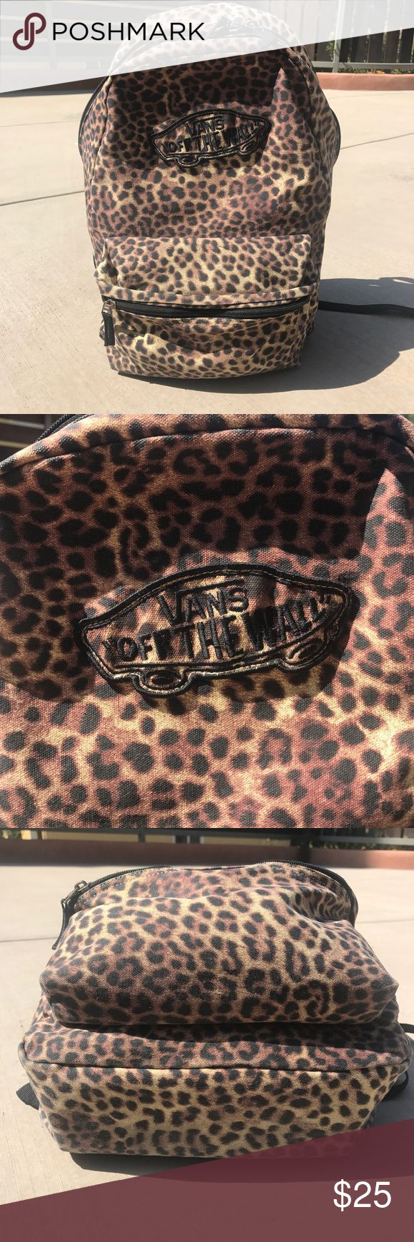 Vans Leopard Print Backpack Printed outer Adjustable padded straps Zip closure External pocket **Color along the edges and seams slightly worn from wear, but not obvious when worn** Vans Bags Backpacks