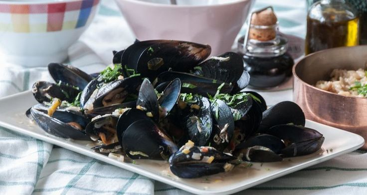 Mussels in a Spicy Coconut Ginger Sauce