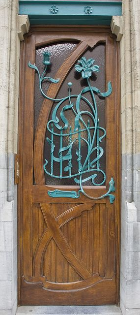 Art Nouveau door, Rue Bellevue 46, Brussels, Belgium. Architect : Ernest Blérot