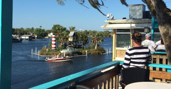 The Quirkiest Restaurant In Florida That's Impossible Not To Love