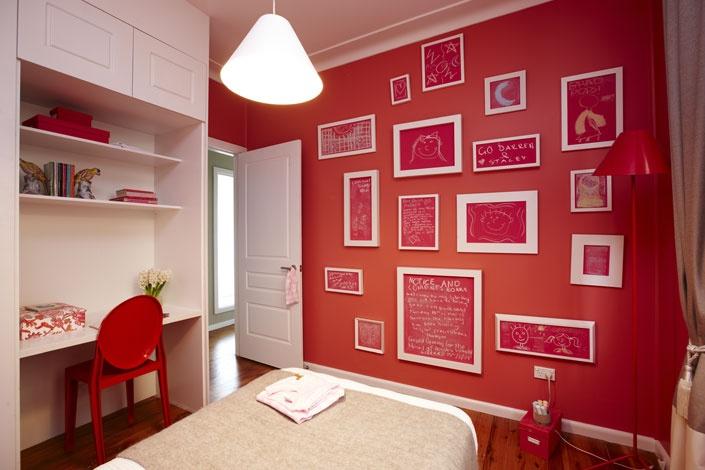 HomeMADE girls room by Darren Palmer #PortersPaints #ChalkboardPaint #Pink