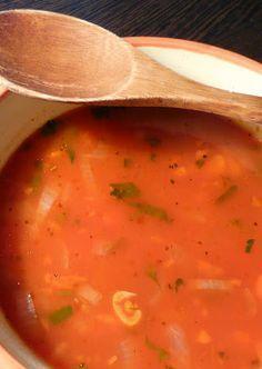 Supa de rosii cu busuioc si melcisori