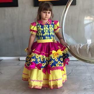 E quando elas recebem o vestido ??? Sim ! Porque. Princesas caipiras Amam rodar seus vestidos !!! #princesascaipiraspelobrasil