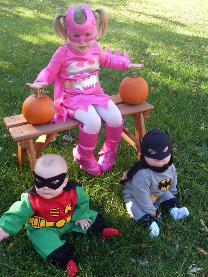 Halloween costume ideas for twins and triplets twin