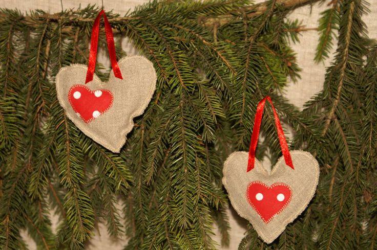 http://kochamkropki.pl/lawendowe-saszetki-serca-w-tonacji-czerwonej-p-7.html lavender hearts
