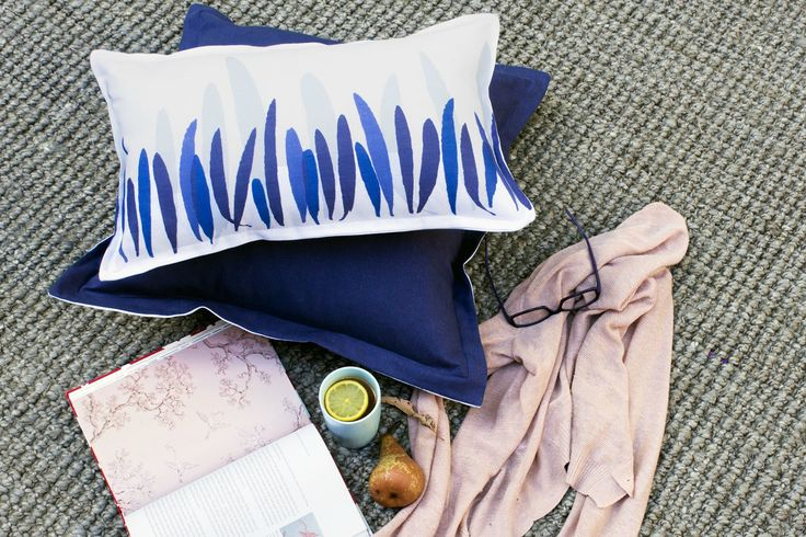 Leaves print from the Leura range is now available as a 30x50cm rectangle - perfect for floor picnics!