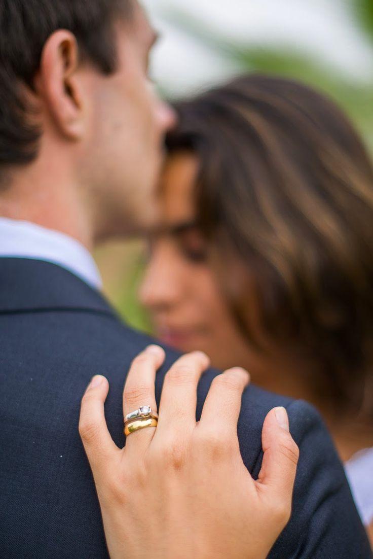 Cómo cuidar tu anillo de compromiso y aro de matrimonio | Velo de Vainilla Foto: Maik Dobiey http://www.velodevainilla.com/2015/01/06/como-cuidar-tu-anillo-de-compromiso-y-aro-de-matrimonio/
