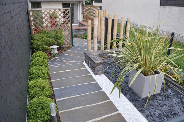 Amenagement paysage muret pierre seche ardoise canne de for Amenagement jardin simple