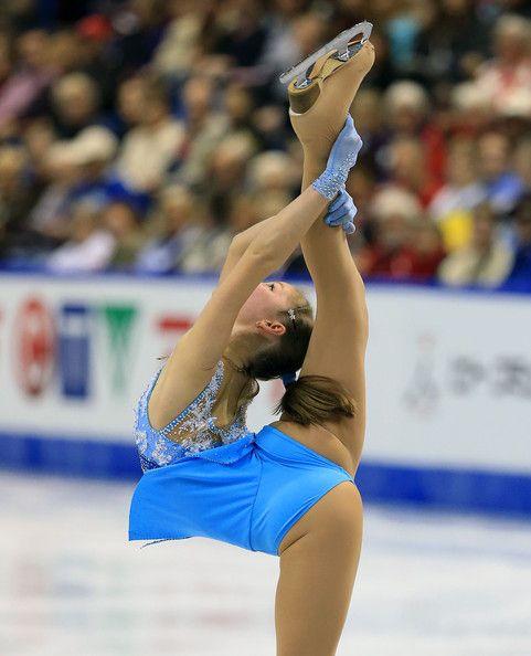 j'ai toujours aimé le patinage artistique,j'en fais en quelque sorte.C'est gracieux!!!