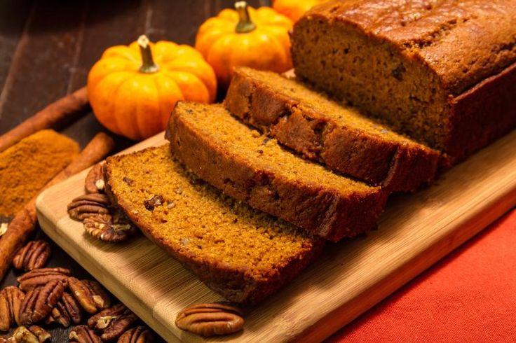 Recept voor Pompoen Ontbijt Cake - Rineke Dijkinga - heel lekker, voedzaam en geen suikerpiek meer na mijn ontbijt!