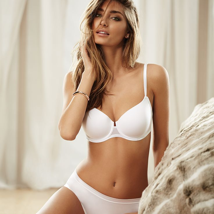 A smooth cup everyday bra that offers light support and a natural round shape for your bust. Comfortable, supportive and sleek, this is a terrific bra under tight garments for work or play. https://www.intimo.com.au/shop/item/contour-bra-03