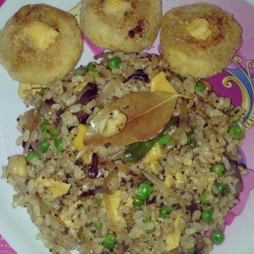 Cheezy peas brown rice