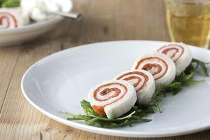 Broodrol met zalm en roomkaas - Brood.net