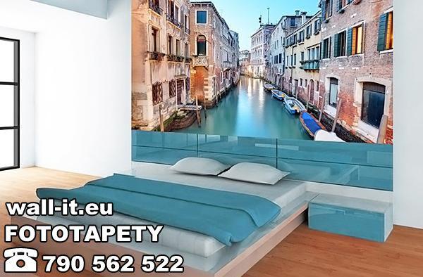 Fototapeta do sypialni uliczki weneckie. http://www.wall-it.eu/product/photowallpapers/wenecja/fototapeta_wall-it%2016%20wenecja%20venice.jpg #fototapeta #fototapety #sypialnia #wenecja #uliczka #uliczki #bedroom #sciana #producent #wallit #wall-it #aranzacja #inspiracja #pomysl